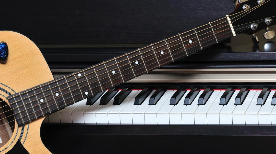 Clases de guitarra y piano a domicilio en Escazu y Santa Ana